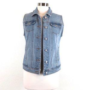 NWT Universal Thread Blue Denim Jean Vest